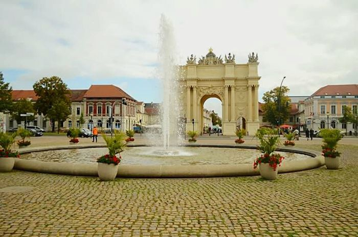 Architecture Monument Outdoors Sky Arch Day Potsdam Potsdam_city Fontain Tree No People