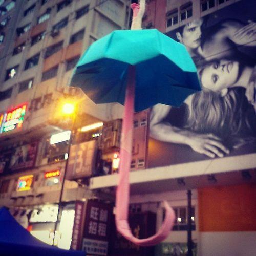 Blue umbrella Yellow_ribbon Umbrellarevolution