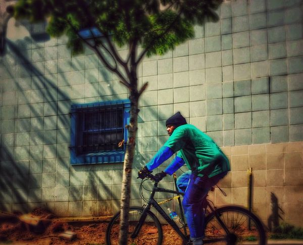 Snapshots Of Life Art And Soul Bicycle Getting Around Streetphotography Urban Life Street Photography On Your Bike