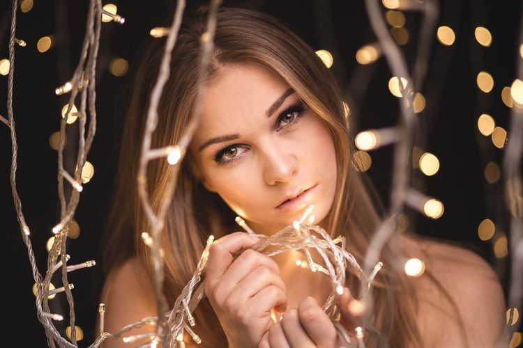 w/ Alena Porträt Christmastime Studio Photography Portrait Photography Portraiture Portrait Of A Friend Portrait Of A Woman Portrait The Week On EyeEm EyeEm Best Shots Illuminated Christmas Lights Lighting Equipment Night Celebration Christmas Christmas Tree Beauty Celebration Event One Person Close-up Beautiful Woman Holding Christmas Decoration Studio Shot Adult One Young Woman Only Sparkler Young Adult