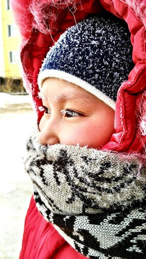 Winter Portrait Looking At Camera One Person Human Body Part Headshot Child Warm Clothing Human Face Snow People Childhood Cold Temperature Outdoors Human Eye Close-up Day Adult