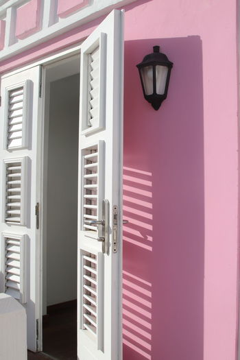 Architecture Built Structure Caribbean_beautiful_landscapes Day Exterieur No People Open Doors. Outdoors Pink Wall