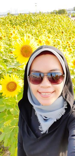 😍🌻 Alhamdulillah Thank God for the most beautiful gift on my birthday. My Best Travel Photo Portrait Young Women Smiling Eyeglasses  Selfie Child Happiness Yellow Looking At Camera Flower Sunflower Flower Head In Bloom Petal Sunflower Seed Sunflower Seed Fragility Pollen Self Portrait Photography Self Portrait Growing Blooming Single Flower