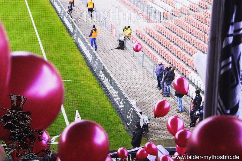 Mythosbfc Bfc Dynamo Ostberlin Stadion Ballons Cottbus