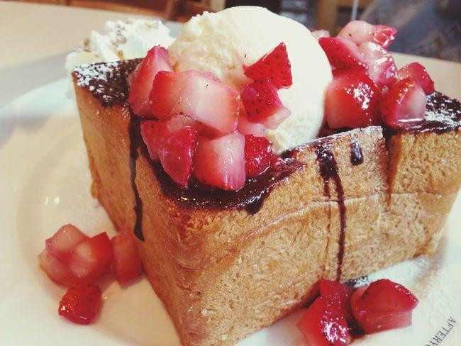 Choco Strawberry Honey toast Honeytoast Strawberry Chocolate