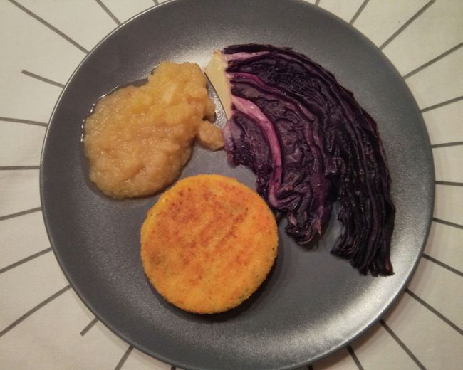 It's a Cooking Experiment kind of night. Roasted Red Cabbage, homemade Applesauce , & Veggie Burger