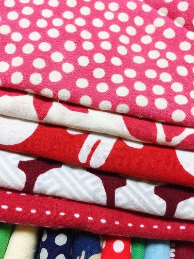 よく使うもの Pattern Textile Red Full Frame Backgrounds No People Indoors