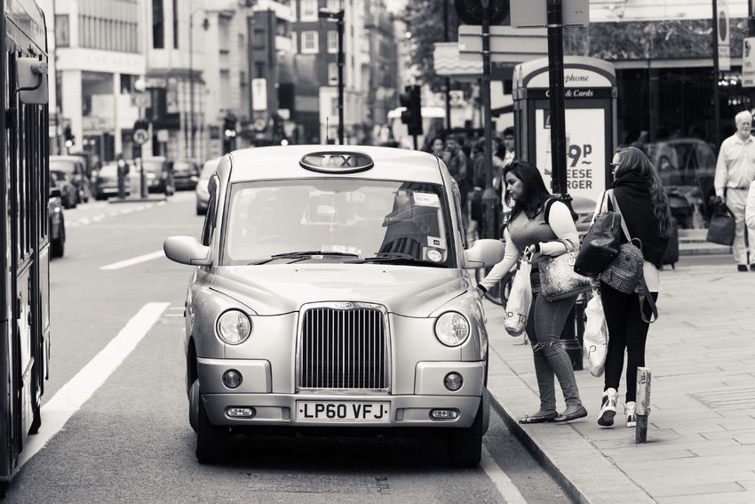 London Blackandwhite Streetphoto_bw Taxi