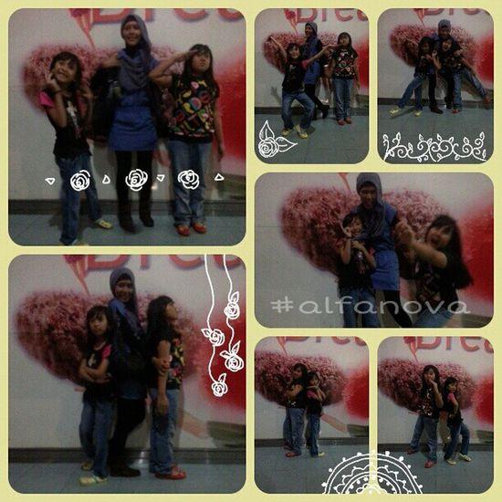 Tepocece @elfacaca with Bundang @vienanda *narsisbrigade (: Alfanova Mallska pekanbaru jco
