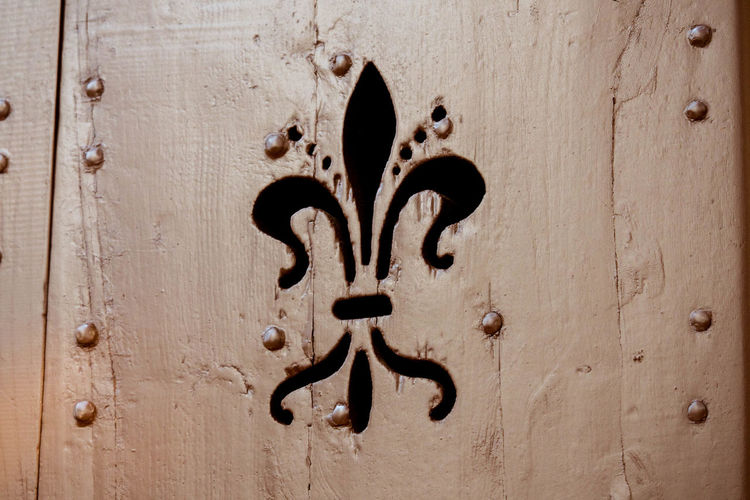 Close-up Day Fleur De Lys Florence Giglio Italy No People Outdoors Symbol Tuscany Wood - Material