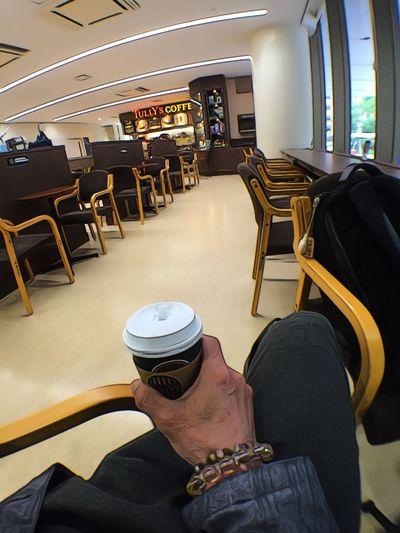 新築になった大阪病院、綺麗(*^_^*) Coffee カフェ Cafe OSAKA 大阪 福島