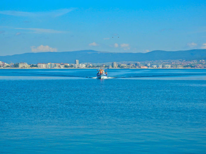 Bulgarien 2019 Bulgarien Urlaub Bulgaria Hollidays Sunny Beach Vacations Relaxing Good Times Sonne Sommergefühle Sommer Water Nautical Vessel Sea Transportation Waterfront Mode Of Transportation Sky Blue Scenics - Nature Beauty In Nature Day Nature Real People Outdoors Tranquility Travel Tranquil Scene Two People Cloud - Sky