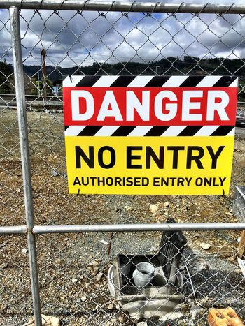 Danger no entry Warning Sign Fence Safety Danger Danger Sign Construction Site