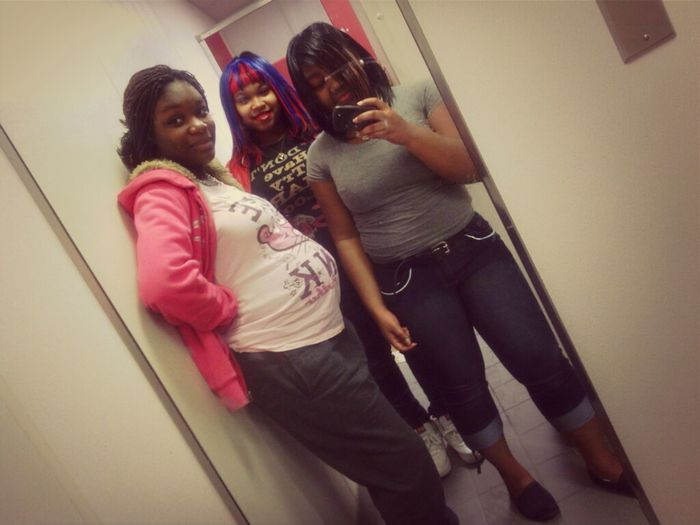 Me , Shontaria , Ty'quan , & Kira : D .. ( Excuse , West Craven's Dirty Mirror )
