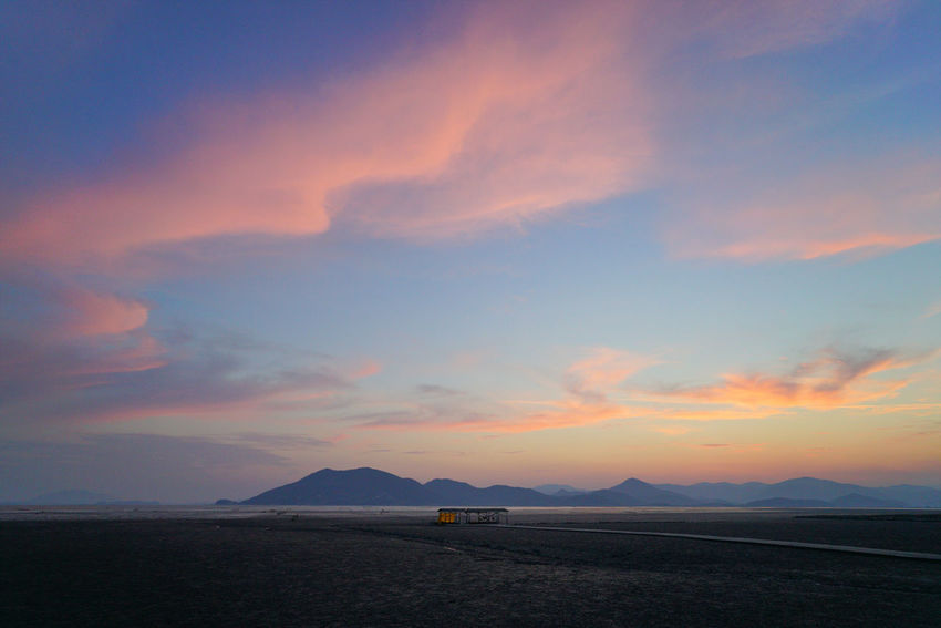 Landscape Outdoors Mountain Nature Sunset Beauty In Nature No People Sea Scenics Water Day Sky 순천일몰 일몰 와온 여수스냅 광양스냅 순천스냅 Korea Hanguo