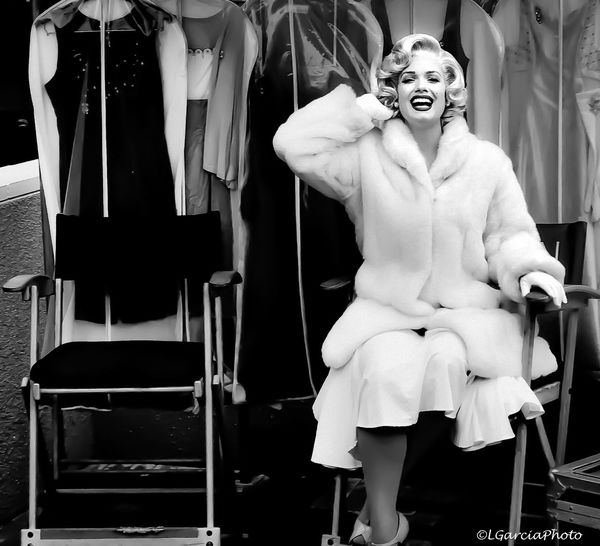 Marilyn Monroe Lgarciaphoto IPhone 7 Plus Shot On IPhone IPhoneography Iphoneonly IPhone Blackandwhite Portrait Portrait Of A Woman Universal Studios  Hollywood Westside Bnw Bnw_friday_eyeemchallenge Monochrome Sitting One Person Chair Real People Lifestyles Front View Men Standing Day Indoors
