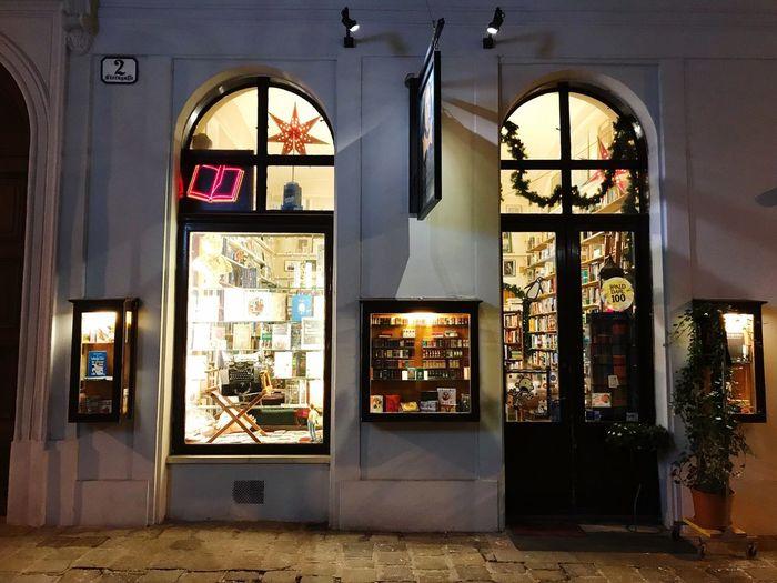 Winter Bookstore Architecture Window Door No People Arch Built Structure Indoors  Building Exterior