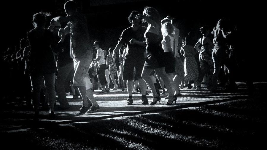 Dancing shadows wearing the golden crowns. Beautiful movement of the broken hearts. AMPt_community Blackandwhite