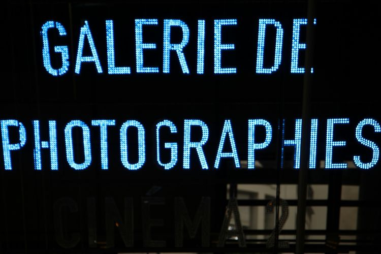 Text Communication No People Day Close-up Outdoors Black Background France 🇫🇷 Pompidou Center Pompidou Centre Art Illuminations Enseigne Paris