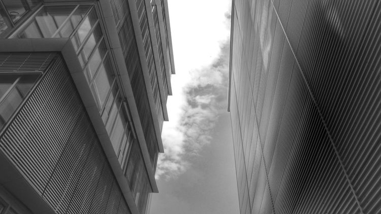 Düsseldorf, Medienhafen Eye4photography  Fujifilm Finepix SL1000 Architecture_collection Blackandwhite Black & White Buildinds Achitecture Sky And Clouds