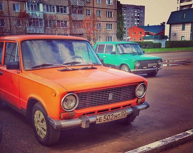 Два брата Two brothers 2 ваз копейка копендос Vaz 1 Green Orange Car Cars Old
