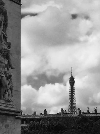 Cloudy Dramatic Sky Eiffel Tower History International Landmark Outdoors Paris Seeing The Sights Tower B&w Street Photography