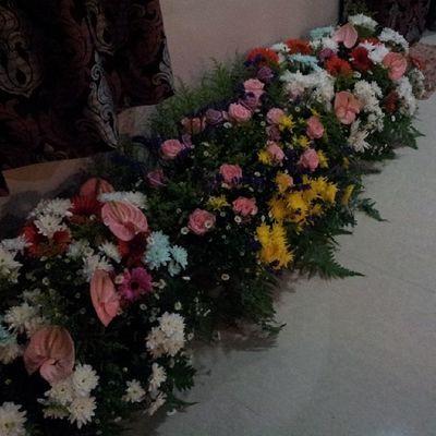 Kutip fresh flower from workplace. Hihi. Please tahan smpai 3 may. Freshflower Wedding
