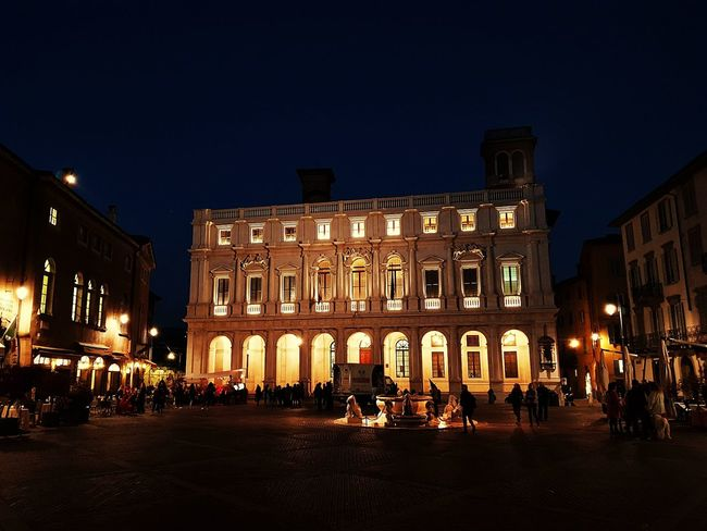 Night Illuminated Architecture History Travel Destinations Building Exterior Built Structure Politics And Government Cityscape Large Group Of People Museum Christmas Lights Government Sky Vacations City Nightlife Outdoors Urban Skyline King - Royal Person Bergamo Bergamo, Italia Bergamo Alta Bergamo High City View
