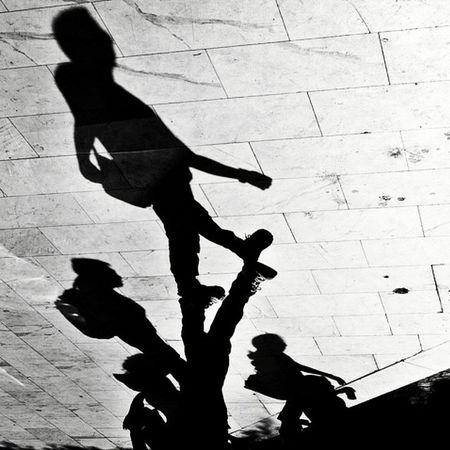 DSC_0276 by Cy Mercado on Flickr. Just follow this link to see and comment on this photo: https://flic.kr/p/do2X2z Kuwaitstreetphotographer Kuwaitstreetphotography Shadowplay Kuwaitstreet Blacknwhitestreet Ordinarypeople