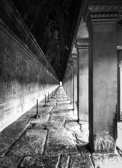 Black & White Architecture Direction The Way Forward Built Structure Diminishing Perspective No People My Best Photo Architectural Column vanishing point Corridor Old Sunlight Shadow