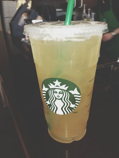 So fucking good Starbucks Peach Greentea Lemonade