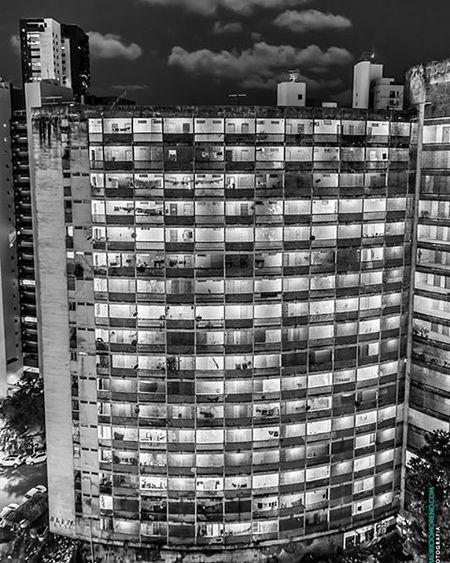 Edifício Holiday, Recife - Pernambuco, Brasil. www.mauriciomoreno.com Recife PE Pernambuco Fineart Art Photography Architecture Edificioholiday Building Texture Detail Geometry Urban Mmorenofoto Interordesign Decoração Decoration Designdeinteriores