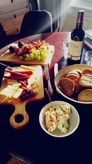 Wine Red Cheese Wineanddine Bourgeois Château Grapes Figs Friendship Sunshine Comfort Food Plate Meat Bread Variation Table Savory Food