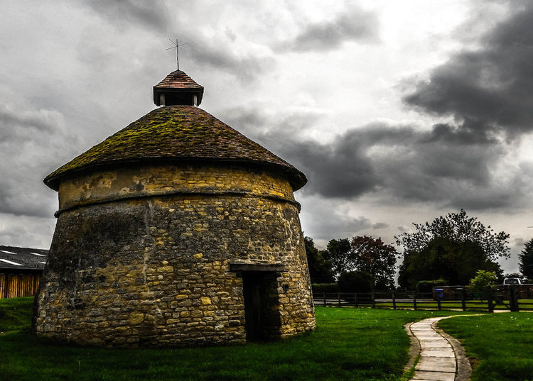 Cosgrove Furtho Dovecote 15th Century