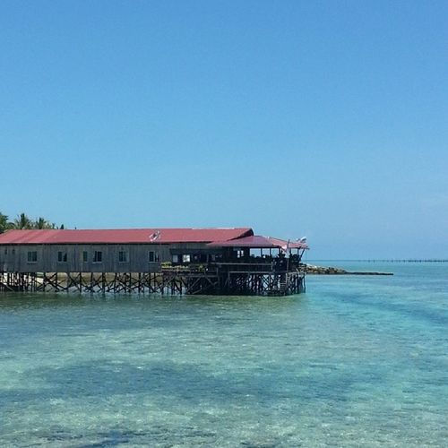 A divers guest house at Mabul Island, Sabah Borneo Ttot VMY2014