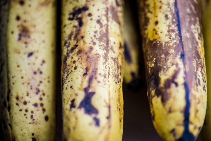Banana Ready To Eat Close-up Flecken Food Fruit Raw Food Ready-to-eat Vitamin Yellow Food
