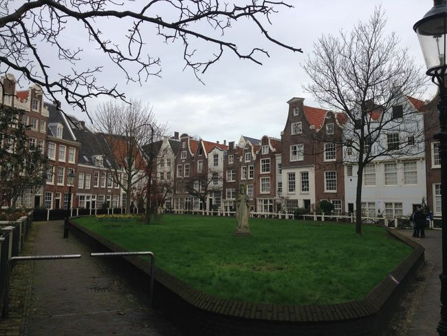 City Life Courtyard  Courtyard House Outdoors Pavement Repetition Residential District Side By Side Urban Your Amsterdam