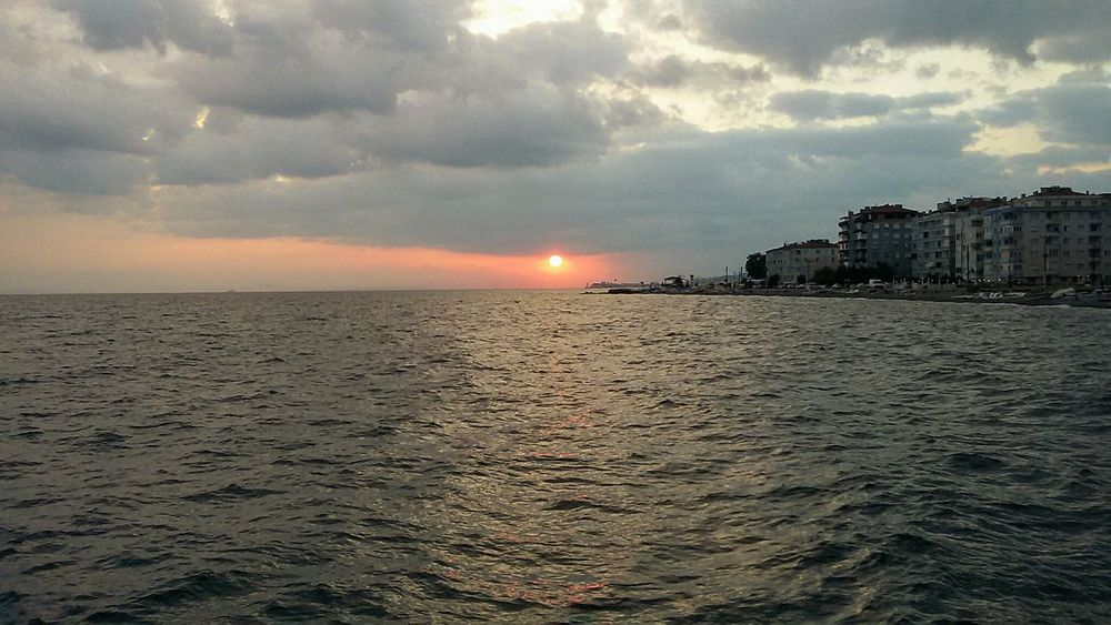 Cloud - Sky Sunset Dramatic Sky Sea Vacations Travel Destinations Outdoors Awe Beach Nature Landscape Storm Horizon Over Water Sky Tranquility Sun Beauty In Nature No People Water Scenics Turkey Yalovasahili Cinarciksahil