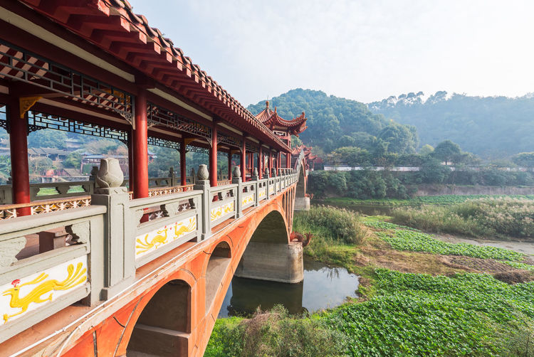 Leshan ancient traditional bridge