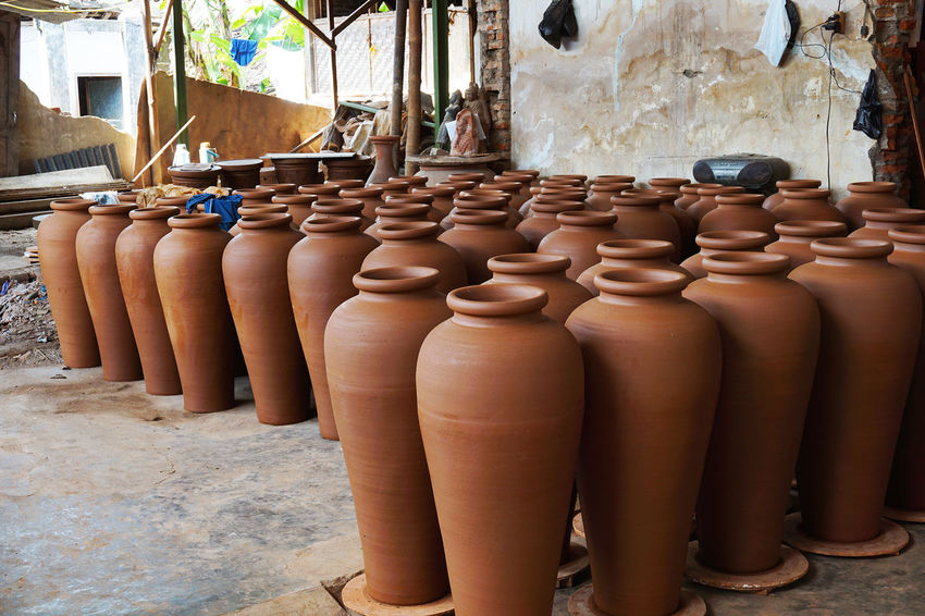 Dried pottery #beautiful #brown #clay Pot #design  #DreadHead  #handicraft #handmade #Indonesia #industrial #Jogjakarta #Pottery Of India #sellingcds #shark #skillcrane #tall Long #terracotta #Vacation Art And Craft Clay Close-up Craft Day Earthenware Indoors  No People EyeEm Selects EyeEmNewHere