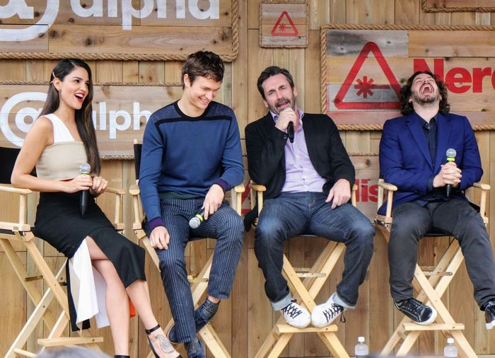 EyeEm Selects Baby Driver Jonhamm EdgarWright Ansel Elgort Eiza Gonzalez Sitting Mid Adult Adult Mid Adult Men Adults Only Talking Full Length Front View Young Adult People Young Men Friendship Men Communication Togetherness Day Outdoors SXSW