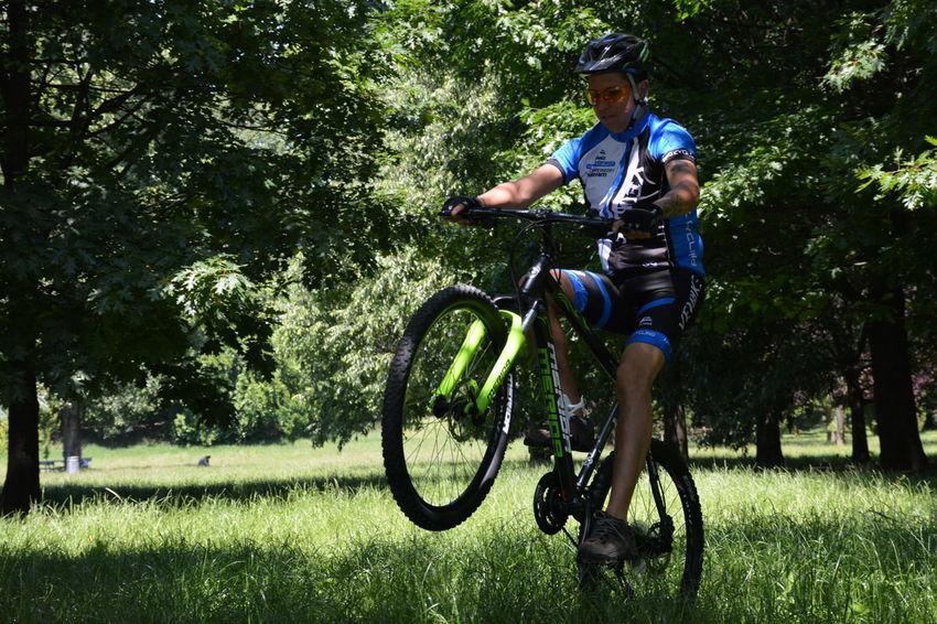 Bici Bicicleta Bicycle Bike Bikeporn Bikers Ciclismo Cycling Cycling Helmet Forest Headwear Men Meriva Mountain Bike Mountainbike Nature Outdoors Riding Sport Sport In The City Sport Time Sportive Sports Clothing Sports Helmet Sports Photography