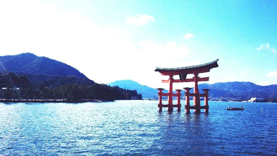 Itukusima Shrine Of Japan Shrine Gate Shrinemiyajima Prefecture Japan Water Beauty In Nature Ocean Calcural