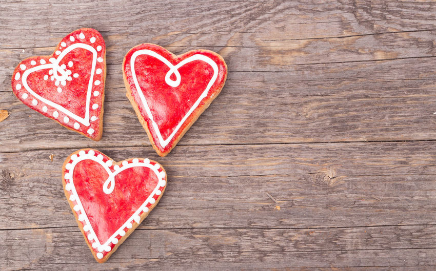 High Angle View Of Heart Shape Gingerbread Cookies On Table