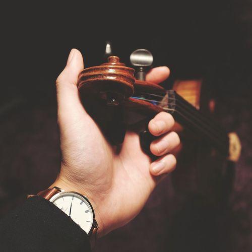 Time is gold, because music was diamond // Relaxing Enjoying Life Violin Violinist Watch Music Musician Classical Music Me Week On Eyeem Eyeemphoto