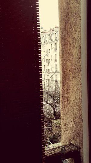 Capture The Moment Paris ❤ Relaxing Toit cheminée fenêtre rideaux