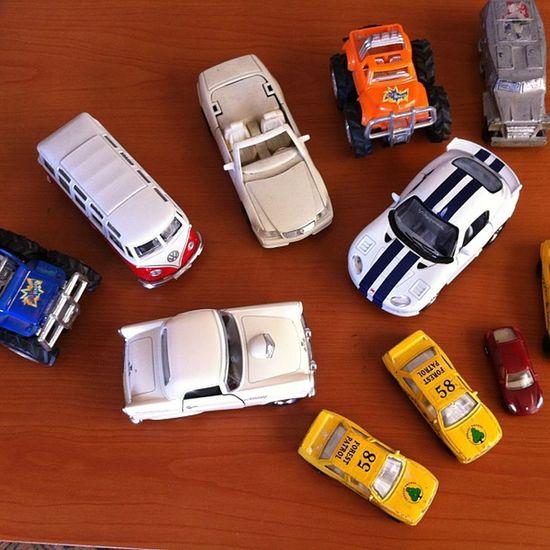 Maket Oto Otomobil Kolleksiyon araba vosvos mercedes monster tank yellow taxi viper