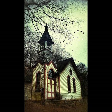 OLD Church Lostintime Forgottennj Old Emptyspace Emptyplaces Walkinthewoods Lostsoul Abandonedplaces