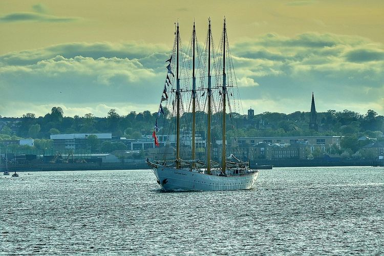 Santa Maria Manuela Cloud - Sky Day No People Outdoors Sky River Thames Riverside Tall Ship Sailing Ship Sailing Mast Lugger Sailboat Water Transportation Nautical Vessel Nikon_photography NikonD5500 Sigma150-600c