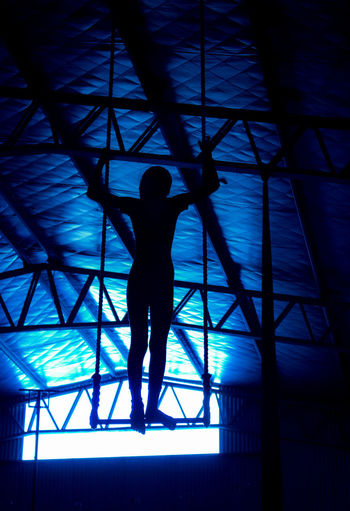 Circo Circus Architecture Built Structure Day Full Length Indoors  Low Angle View One Person People Real People Silhouette Soleil Standing Trapecio Trapeze Artist